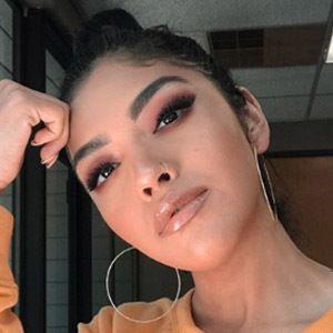 Maria Gloria Instagram Star