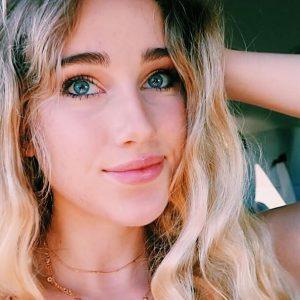 Sienna Santer YouTube Star